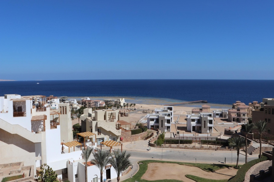 Flat in Sahl Hasheesh Azzura - 1 Bedroom Sea View For Sale